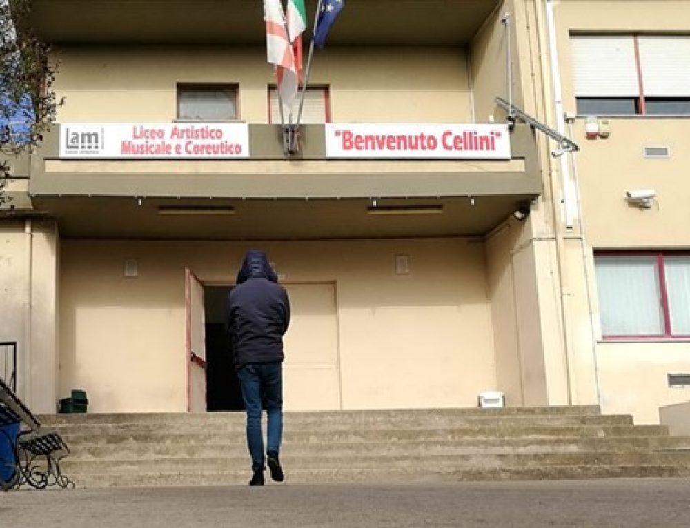 """Pirri, revocata la parità scolastica al liceo Cellini: """"Offerta formativa irregolare"""""""