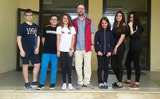 """Studenti del """"Giuseppe Dessì"""" di Villacidro premiati dal Trinity College of London"""